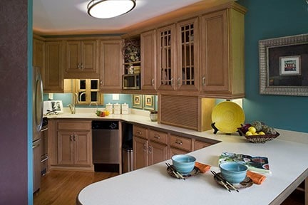 Preparing meals then walking the food along the counter to seating area is great options in smaller kitchen area!